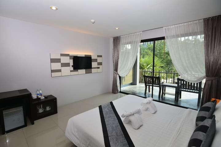 Deluxe Room (Abf) By Chaweng Noi Pool Villa1