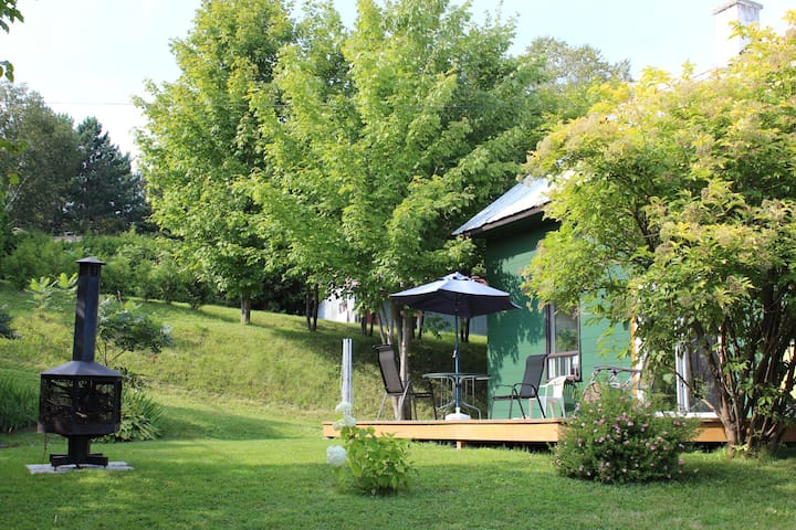 Cozy get away! - Saint-Ferréol-les-Neiges - Hus