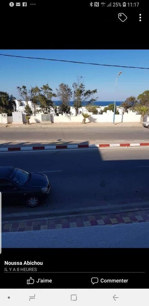 Vu de mer( sangho)zarzis en face de l'hôtel jektis