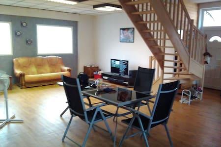 Maison de ville moderne Roussillon 38150 - Roussillon