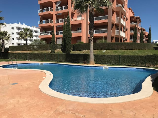 "Cosy 1 Bed Apt, ""Sun & Beach"", 150m from Beach"