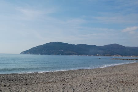 Total relax, close to sand beach - Sarzana