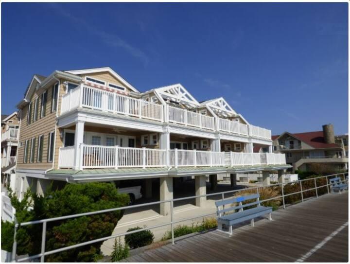 Ocean City NJ Luxury Oceanfront Condo