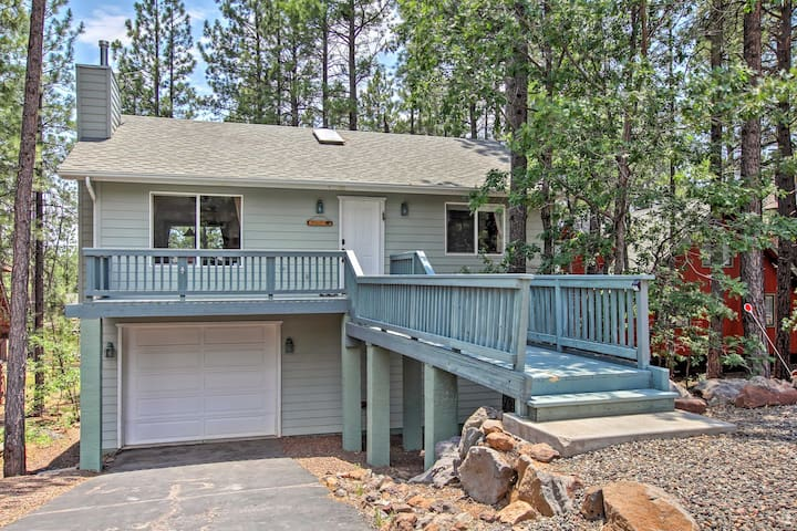 New! Wooded 3BR Munds Park House w/ 3 Decks!
