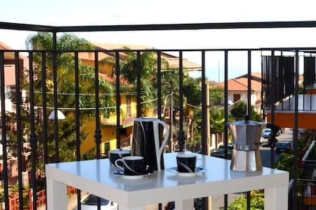 Big apartment Half way beach-Etna - Piedimonte Etneo