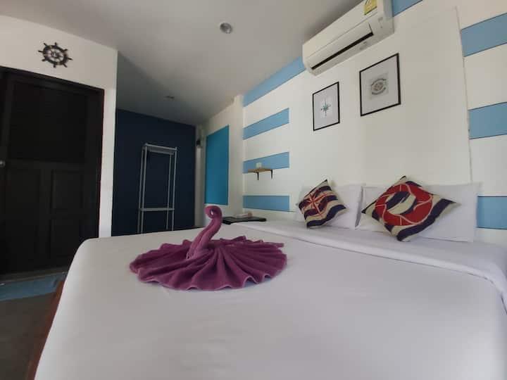 Minnie's Seaview bungalow 4