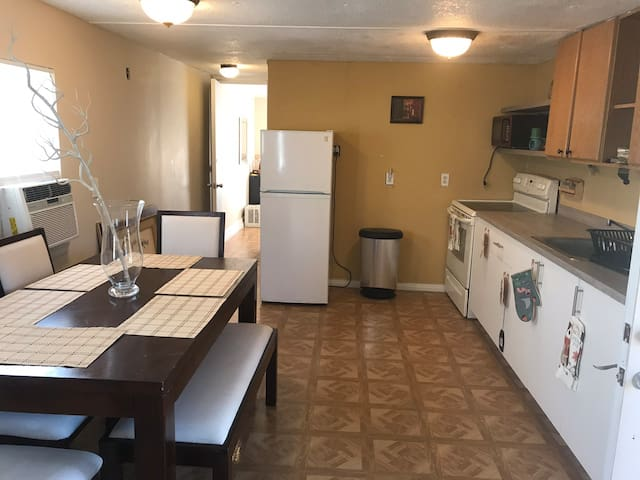 VACATION HOME IN CLEWISTON close to ft Myers,Miami