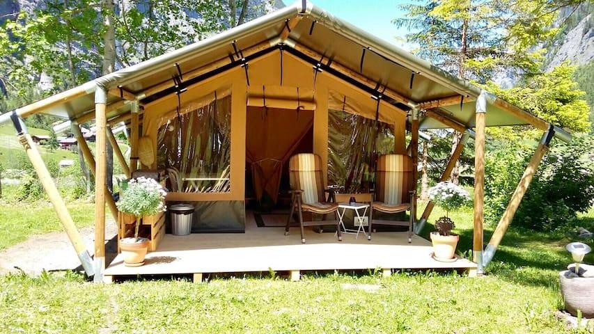 Safarizelt 4 Personen (GROSSHORN) / Camping Rütti