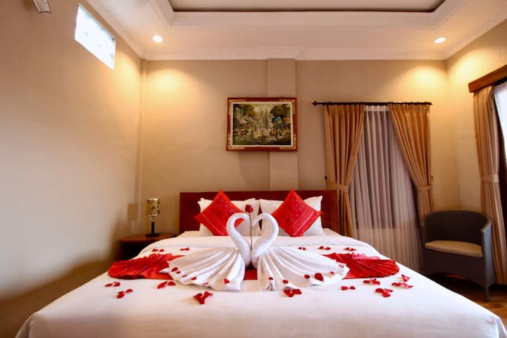 CHARMING GUEST HOUSE IN UBUD