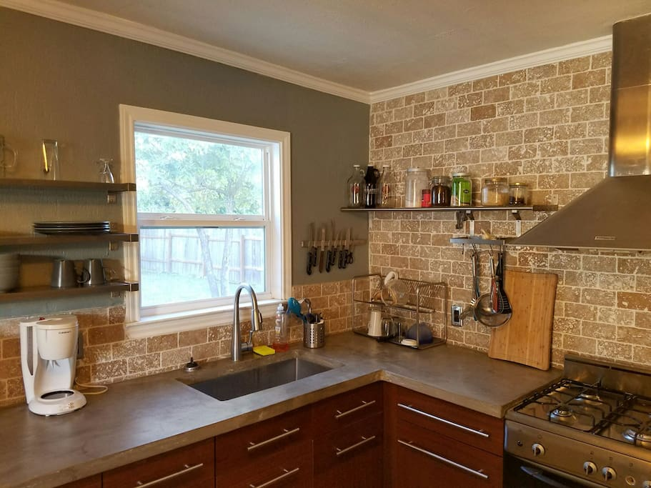 Kitchen has all you need to cook meals, including spices. Coffee and tea for your mornings.