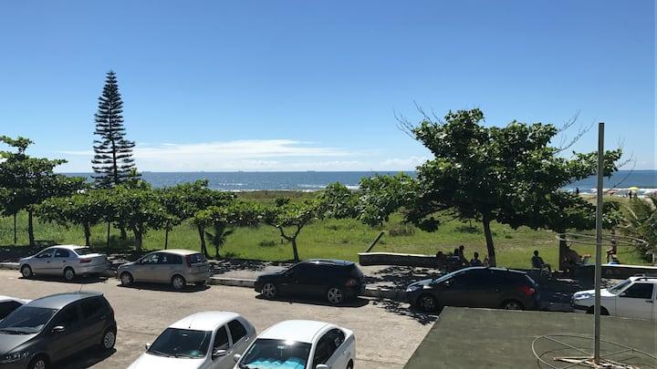 Apartamento Casal  Praia de Leste - Frente ao mar
