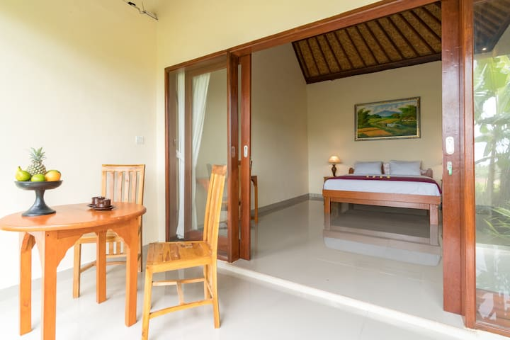 Cozy chalet in Ubud countryside  - ricefield view