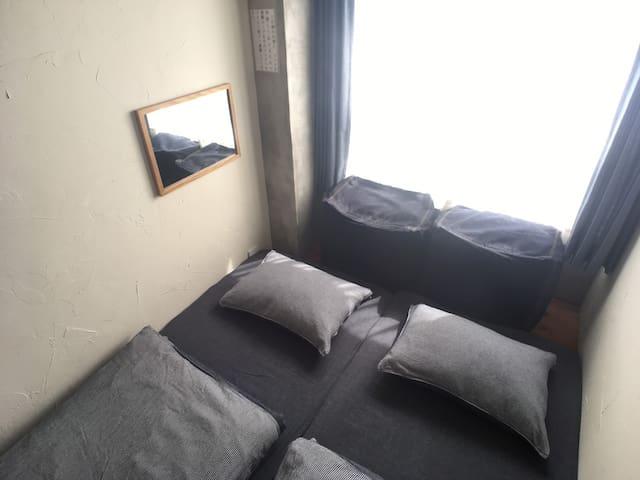 壁薄い204 シングルorツインルーム