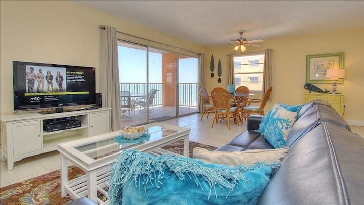 HV3-505: Laid Back Oceanfront in Indian Shores Where Sunshine and Serenity Await