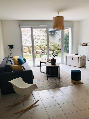 Appartement avec jardin, proximité Lyon 9 au calme