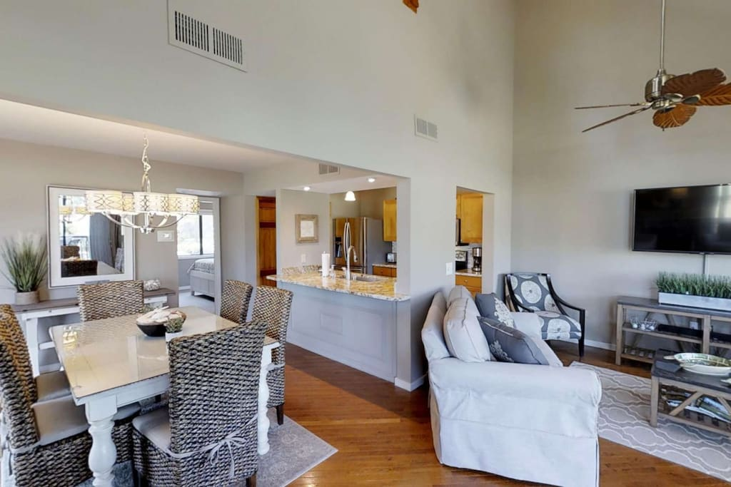 Open Dining, Kitchen and Living areas - Ideal for conversation and relaxation