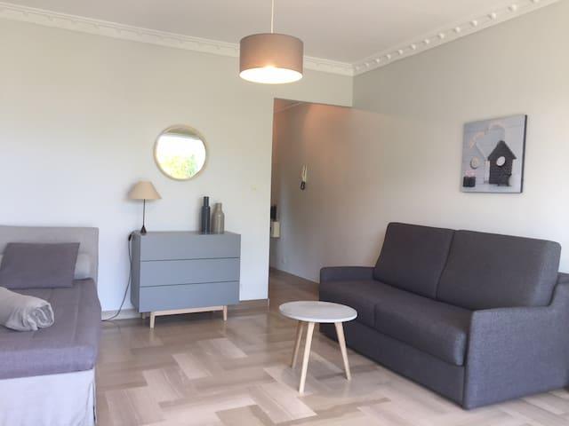 Studio dans résidence avec parc et piscine