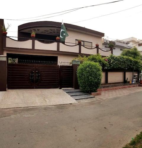 Near Expo Center,UCP,Shaukat Khanam & Wapda Town