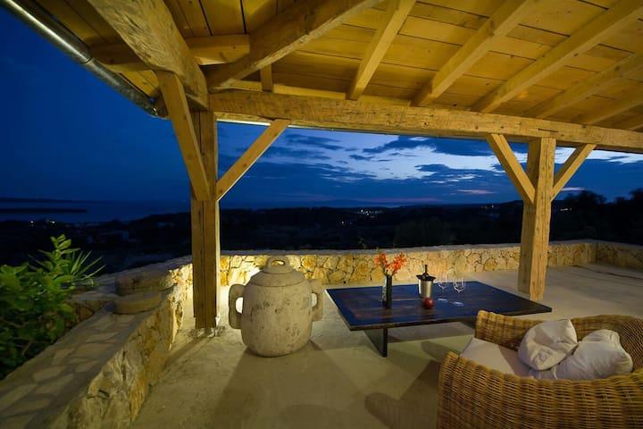 Residence House Villa Mora Rab