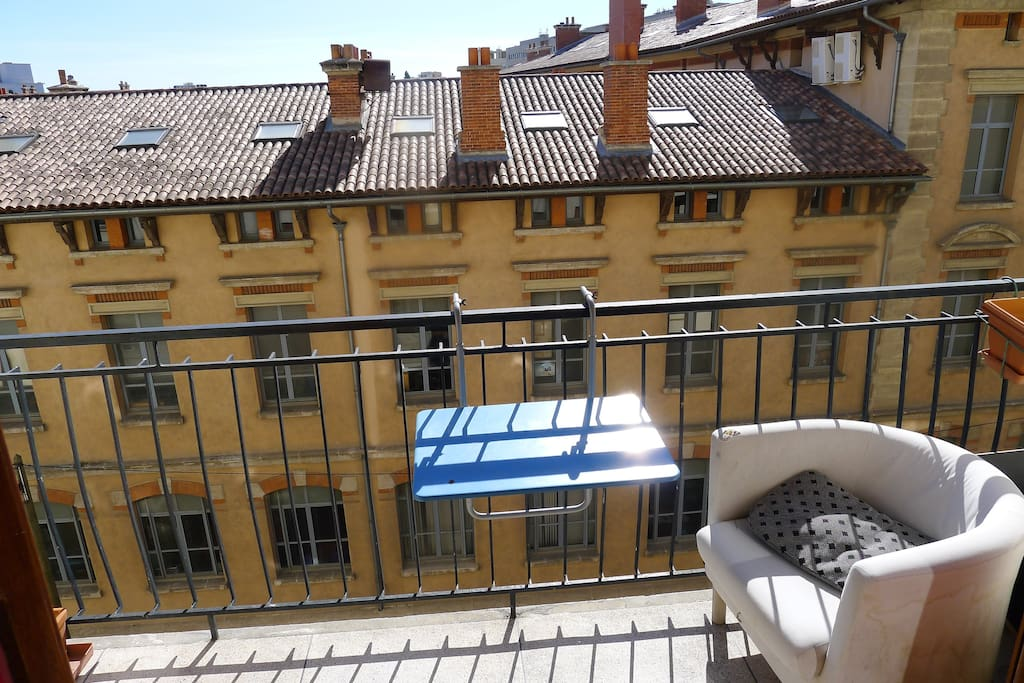 150 m gare st charles tr s agr able appartements louer for Appartement design friche gare st charles vieux port
