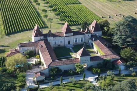 Mazelieres Castle - Espiens - Kastil