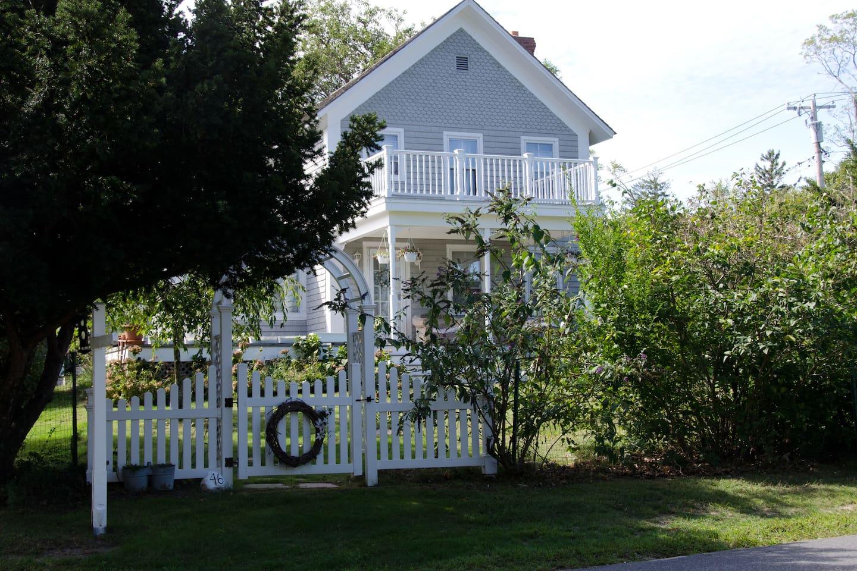 Shelter Island Farmhouse