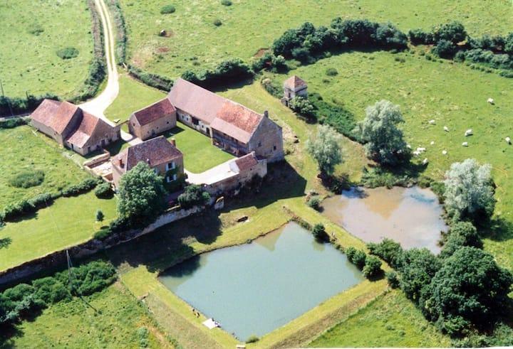 XVIIth cent. country house Burgundy