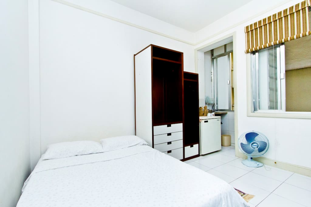 flamengo wohnung in beach platz wohnungen zur miete in rio rio de janeiro brasilien. Black Bedroom Furniture Sets. Home Design Ideas