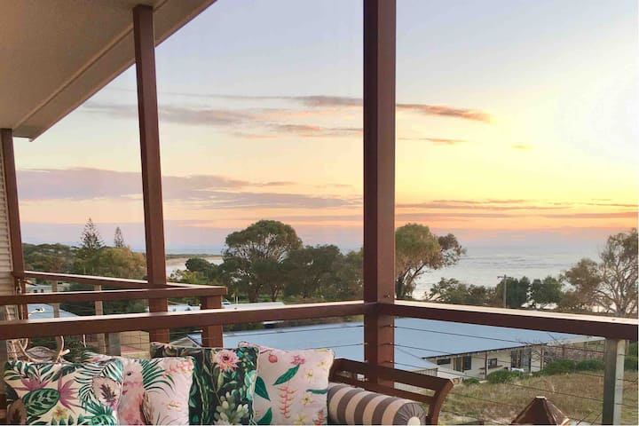 Drummond Cove home with amazing views