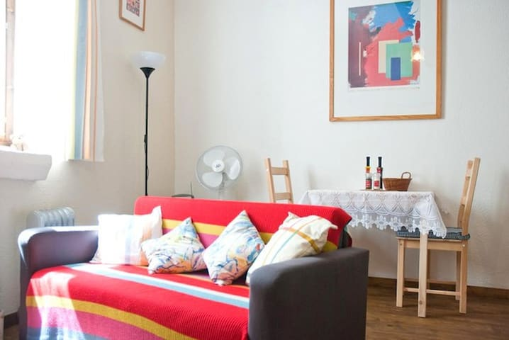 Studio Apt, Central Limoux, France - Limoux - Appartement