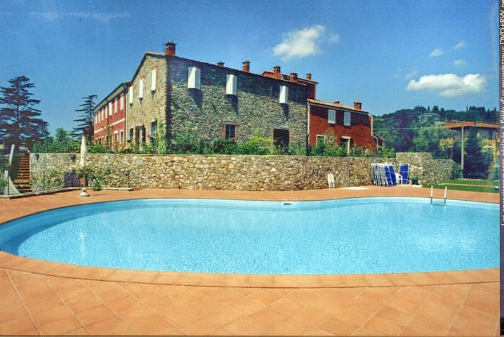 Stunning, Tuscan historic property - Caniparola - Apartment