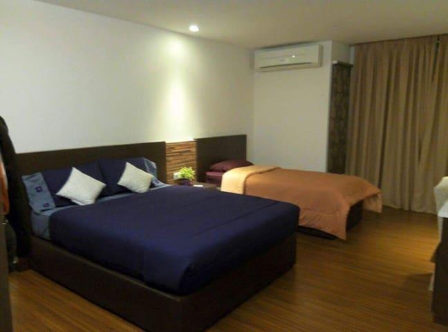 Kota Bharu City Center for 3 pax