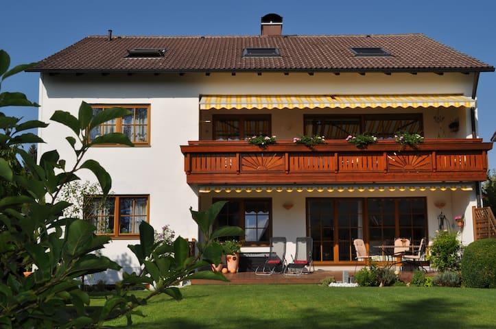 Ferienwohnung Villa Carina Gauting - Gauting - Lakás