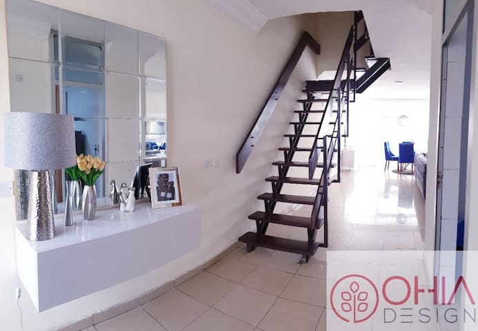 Charming Sea views Apartment in Victoria Island