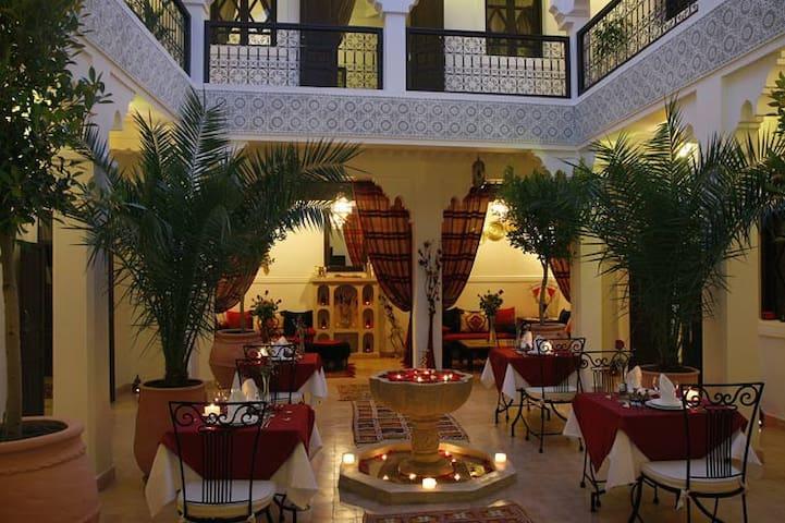 Riad SHALOMA en Exclusivity - Marrakech - Bed & Breakfast