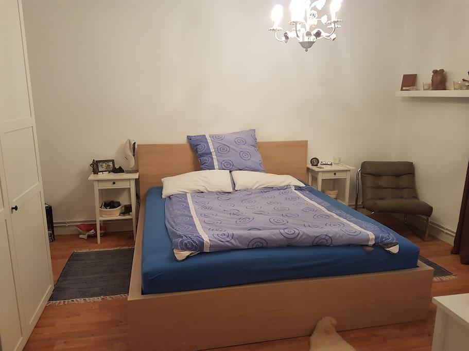 Schlafzimmer I / Bedroom I