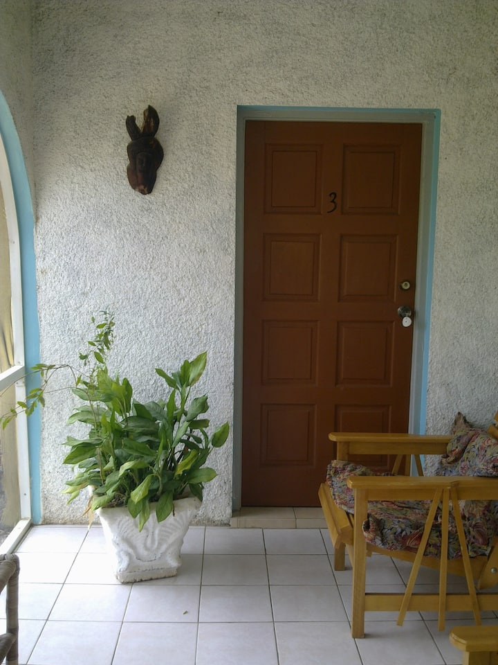 Irie Rest Guesthouse Room 3
