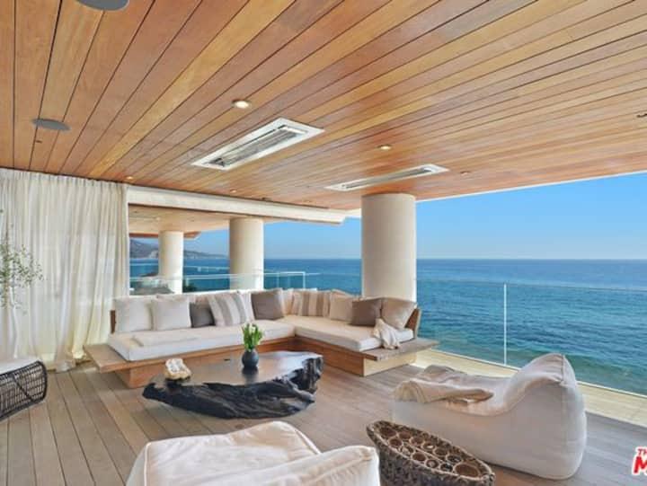 Susan's Beach House
