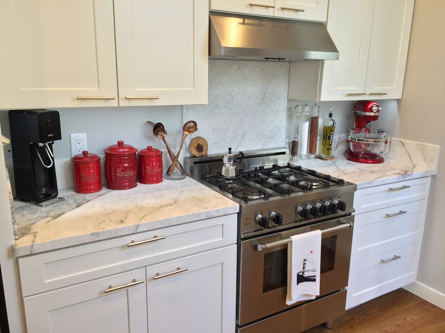 Bertazzoni gas range and marble counters
