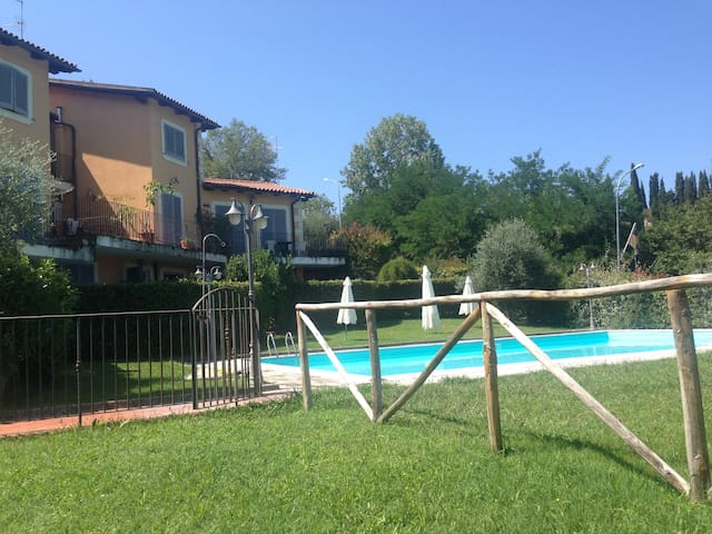 House with garden in Tuscany - Cetona - Leilighet