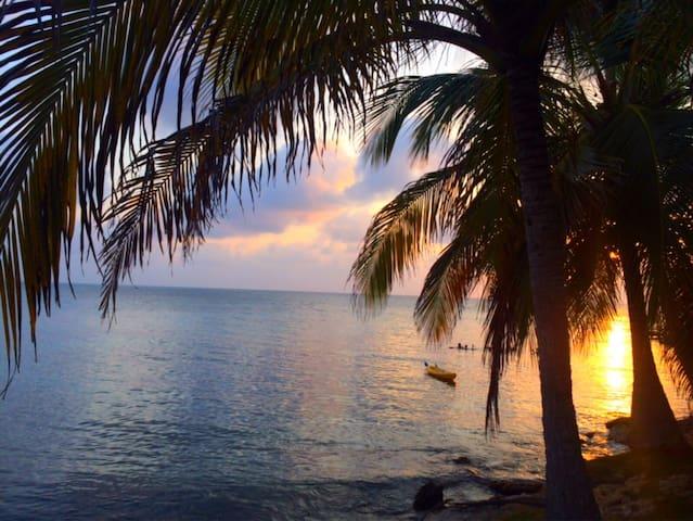 Sustainable Caribbean Island Cabin - Isla Fuerte