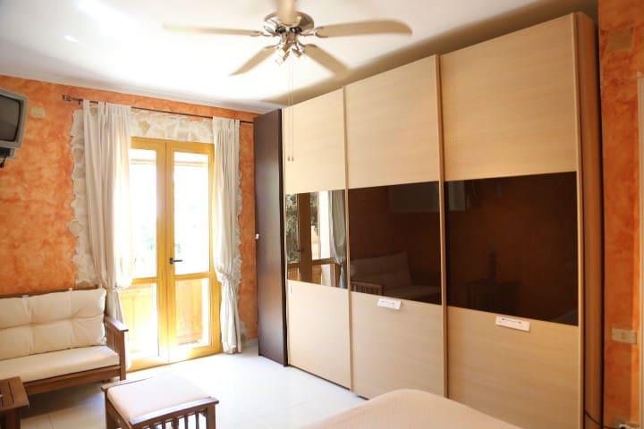 BED AND BREAKFAST VILLA SUL GOLFO - Quartu Sant'Elena - Villa