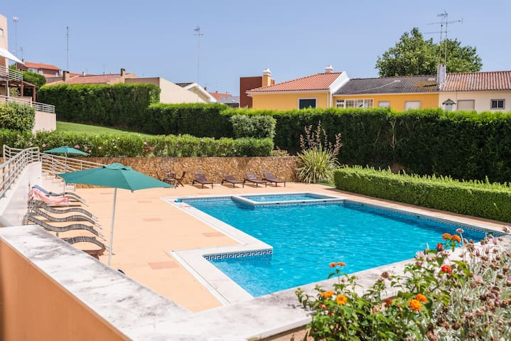 Relax Pool w/ Kids - Last Minute 28 to 2 May - Cascais - Apartament