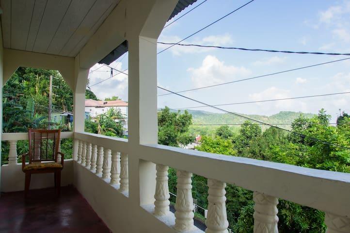 Titu Villa 2 - Port Antonio - Departamento