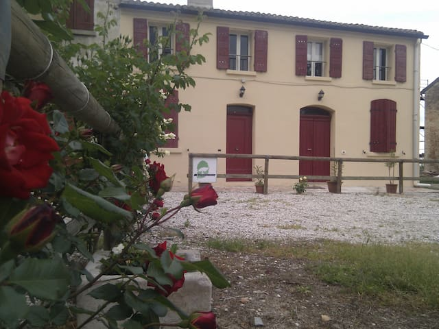 large apartment in farmhouse - Tresigallo-final di Rero - Talo