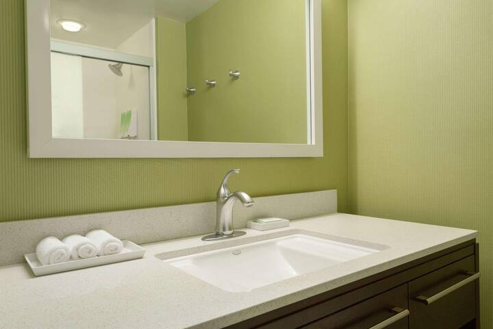 Spotless Suite Double Bed At Sandy