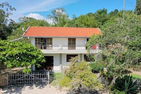 Casa na Ponta das Vieiras - Porto Belo