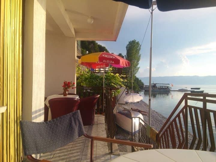 Apartment in Ohrid, village Trpejca