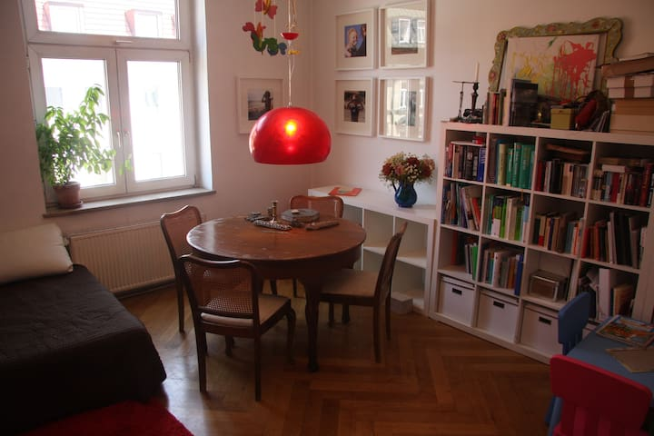 3rooms 100sqm balcony Isarvorstadt