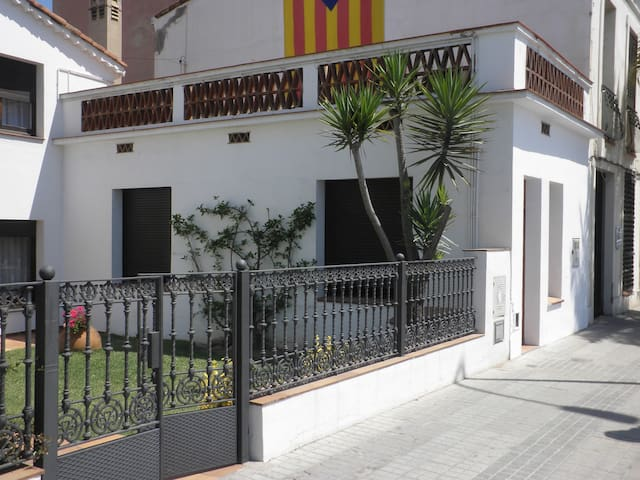 Apartment REFURBISHED (HTUB-012557) - Premià de Mar